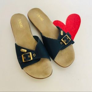 G.H. BASS Sunjuns-Mules/ Slides with gold buckle.